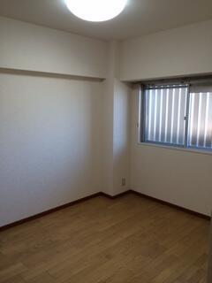 ジュネス横須賀1106号室